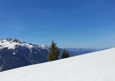 champ de neige sous le col de Cochemin