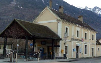 Ouverture du hall de la gare de Saint-Avre La Chambre durant la période hivernale